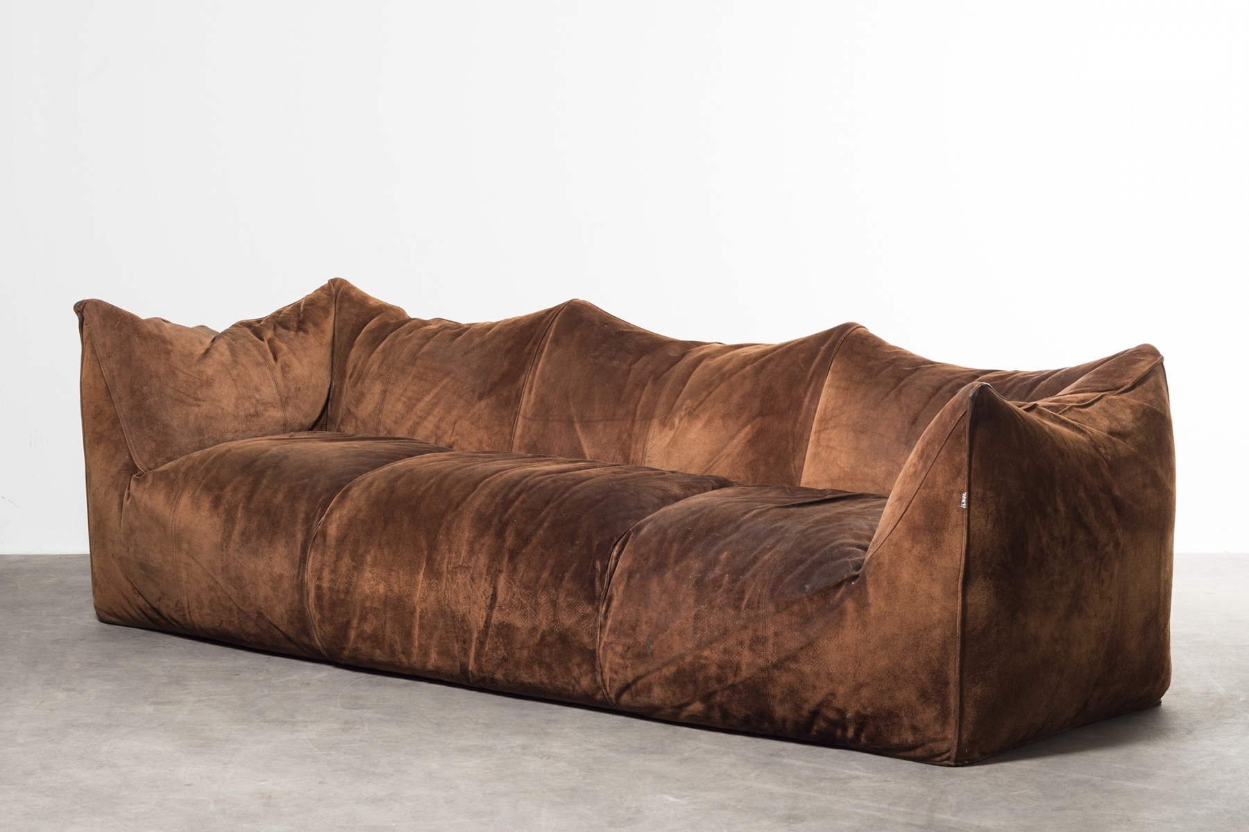 Three seater sofa mod. 'Le Bambole' Mario Bellini pic-1