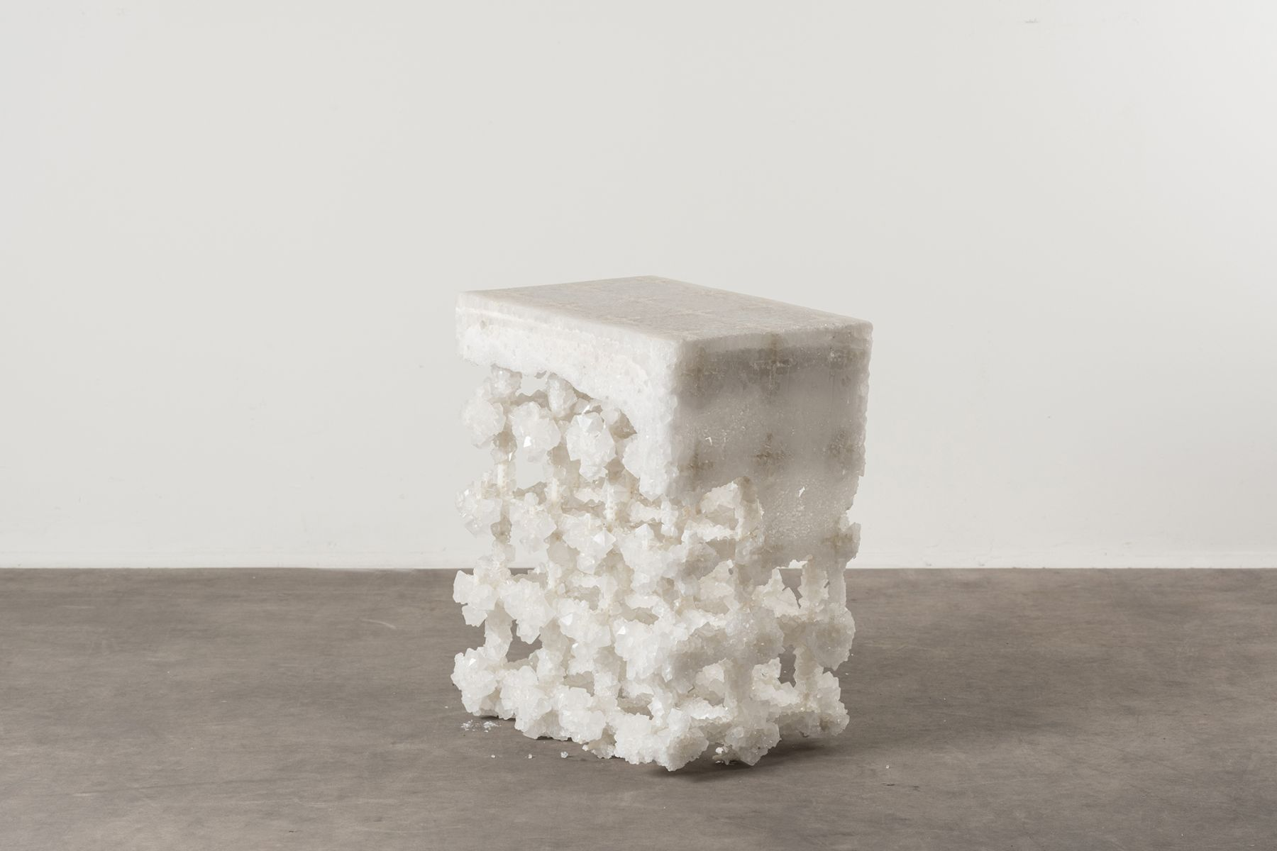 Crystal extroflexed stool  Studio Nucleo  pic-1